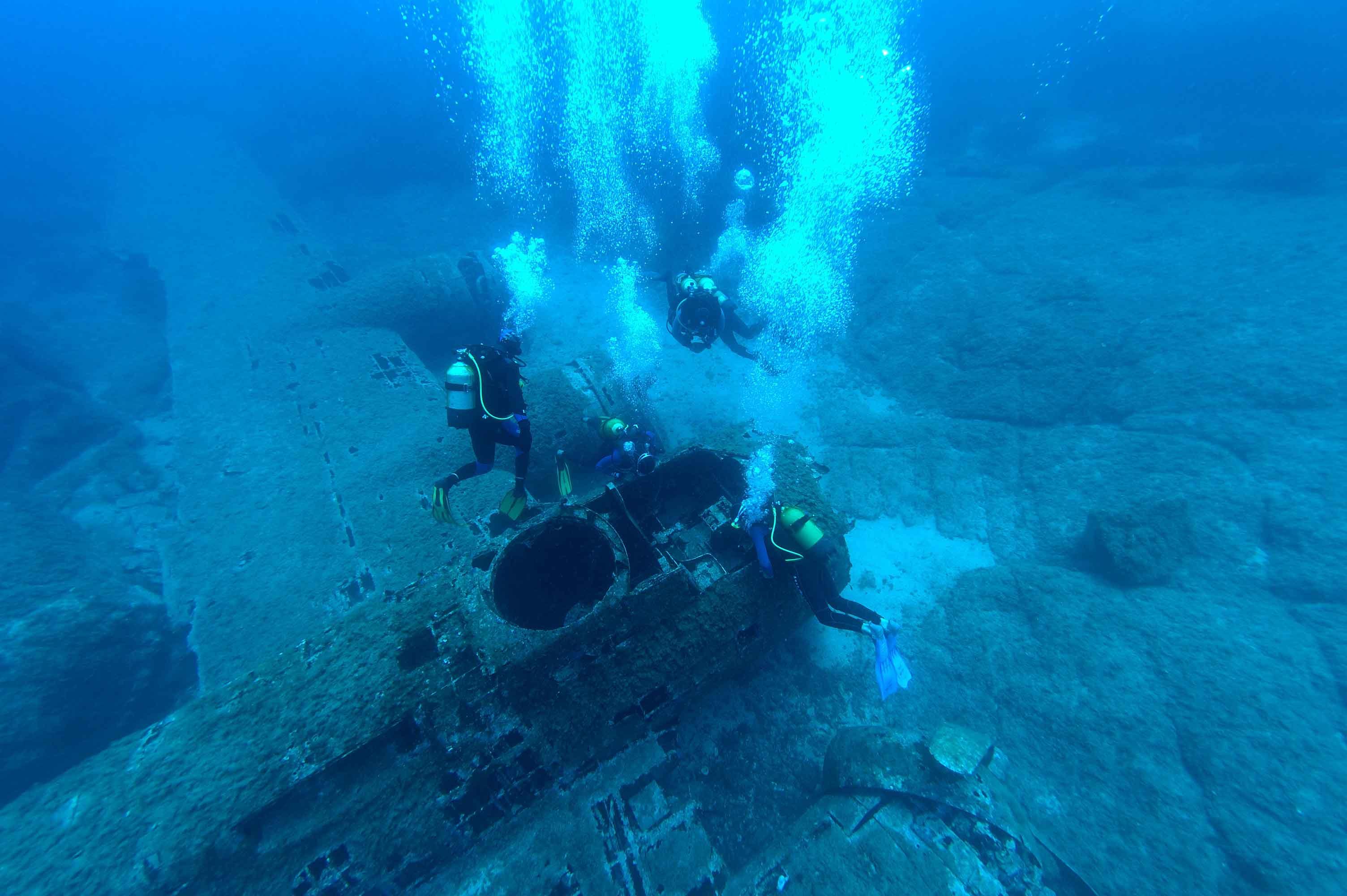 Les plux beaux sites de plongée en Corse E Voyageur